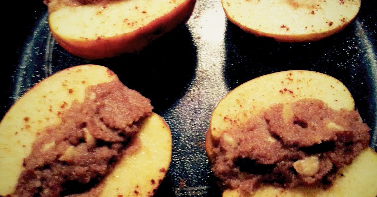Baked Apples with Almonds, Hazelnuts & Cinnamon