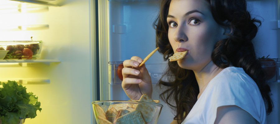8 Tips to Reduce Evening Snacking